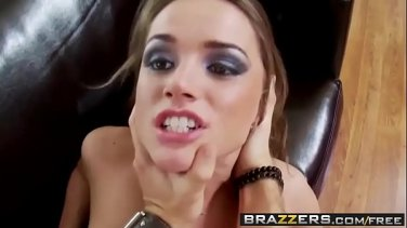 My best friend's husband fucks my latin pussy in the shower room