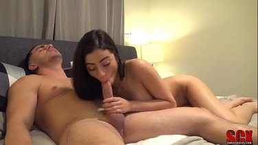 lesbo babe pleasuring her stepmommy