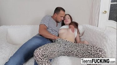 Russian girl came for a massage and was fucked