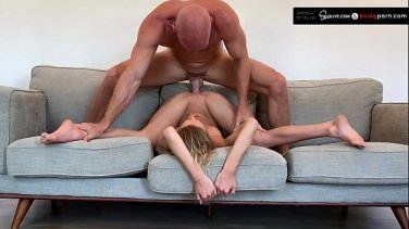 indonesian girl fingering pussy and big honeydew